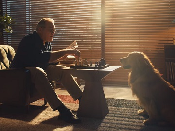 Samsung Commercial - Dog Playing Chess