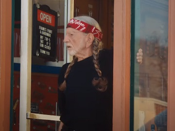 FedEx Large Delivery Boxes Commercial - Feat. Willie Nelson