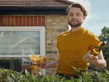 Laithwaite's TV Advert: Guy at BBQ Party Doing Wine Cellar Walk