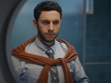 GEICO Renters & Car Insurance Water Pressure Commercial - Actor Nick Smoke