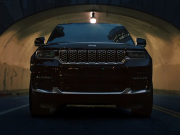Jeep Grand Cherokee L Commercial